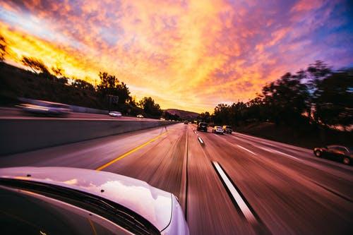 automobily dálnic