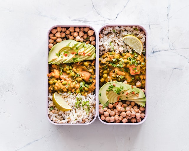 Krabičky se zdravou výživou-salát